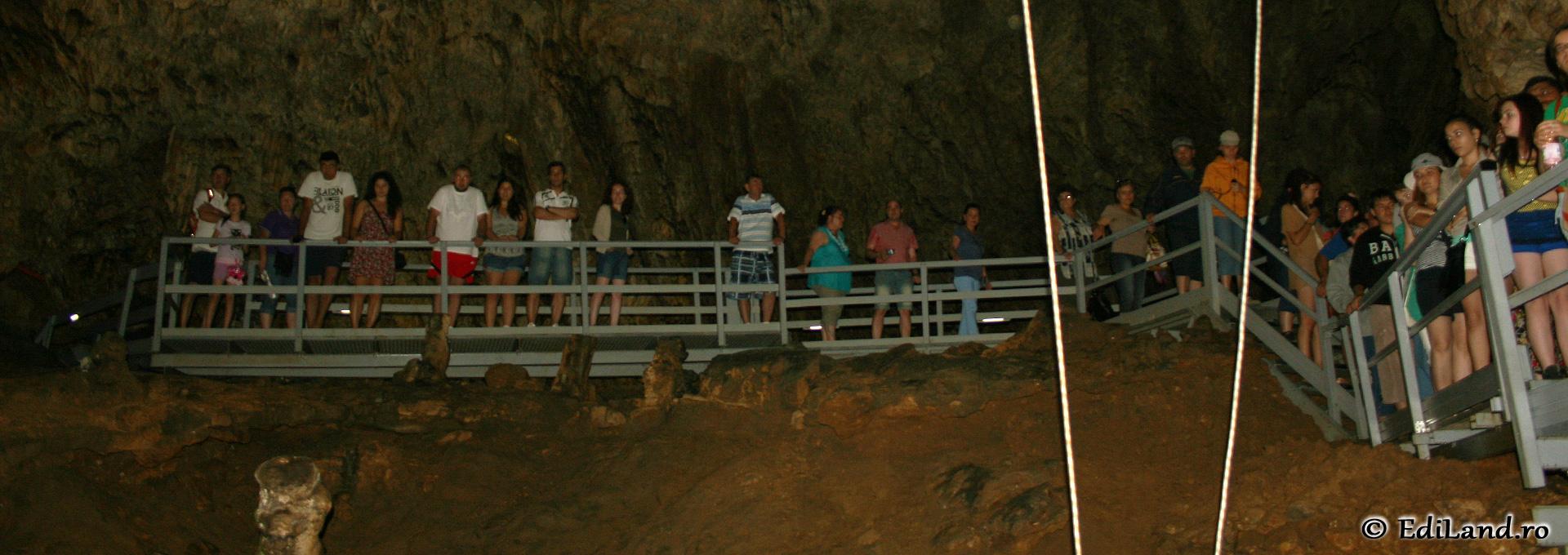Peștera Valea Cetăţii