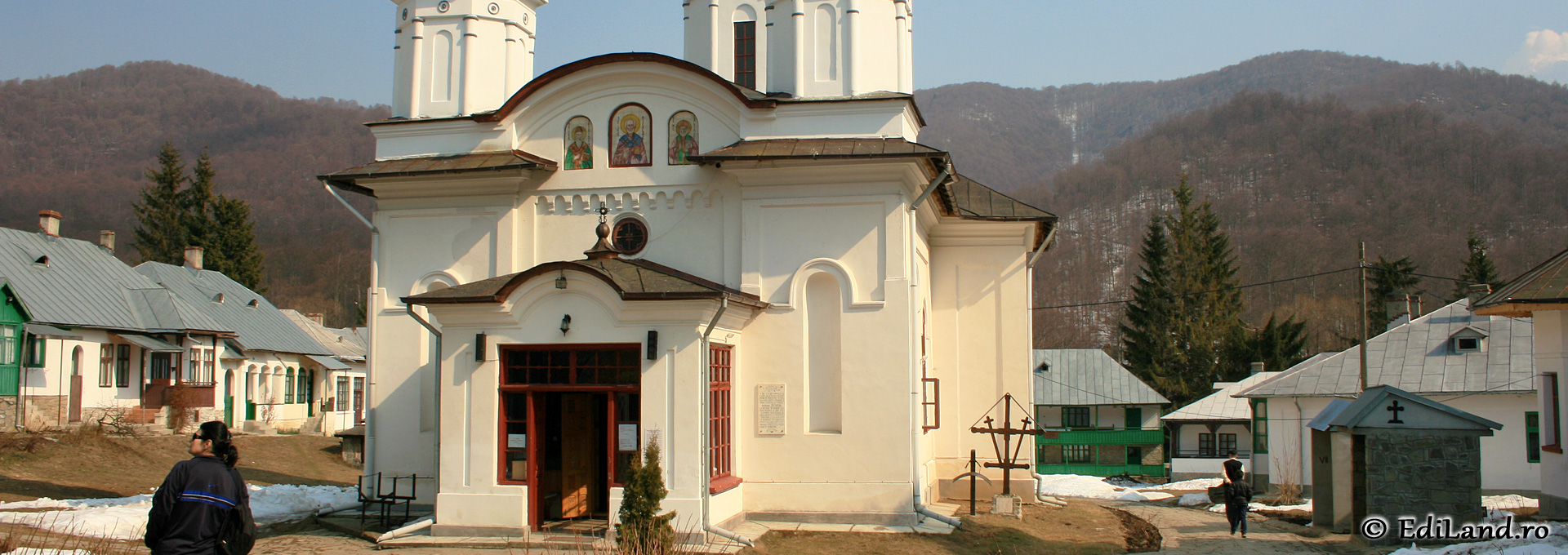 Mânăstirea Suzana